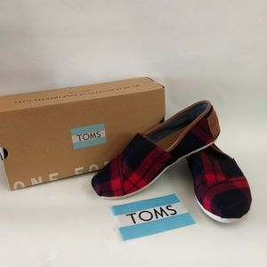 Toms Classic Red and Black Plaid